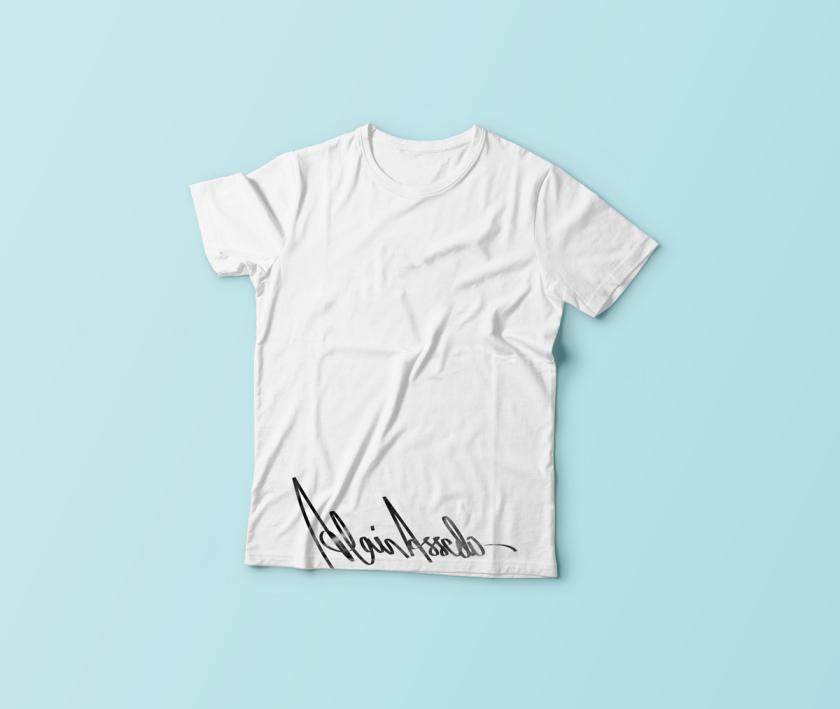4-T-Shirt