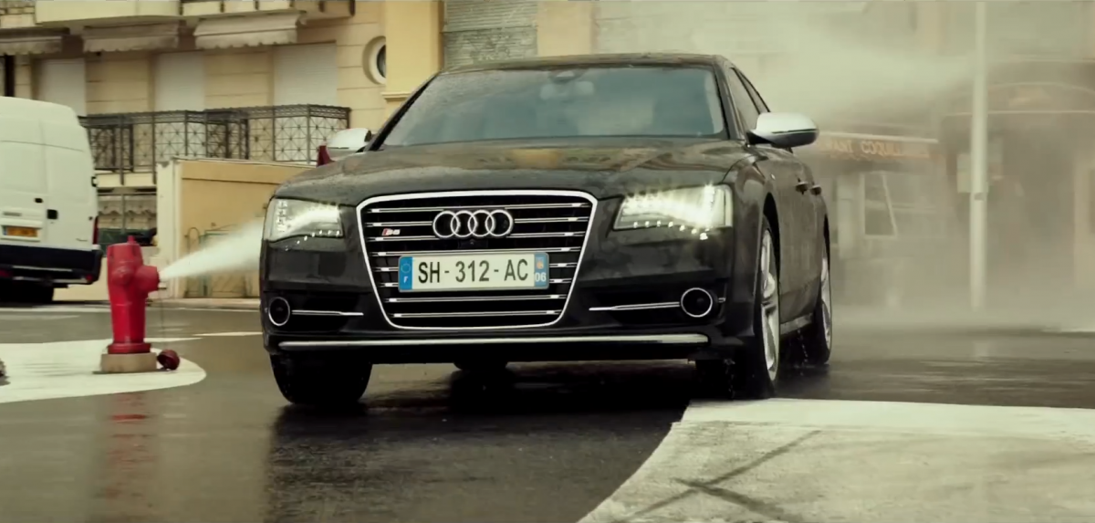 the-new-transporter-refueled-trailer-looks-like-an-audi-s8-commercial-video-93567_1